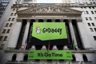 全球最大域名注册商GoDaddy收购HEG 中国市场将受到哪些影响?